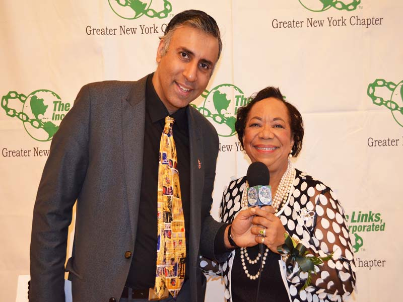 Dr.Abbey with Links President GNY Chapter Rhonda Joy McLean