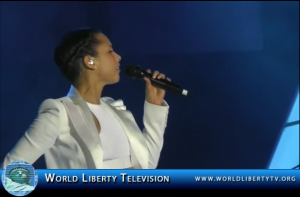 """Alicia Keys Live Performance of her Song It's a """"New Day"""" @ the Monster Concert in Las Vegas 2013"""