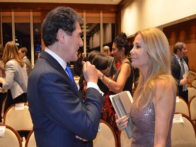 Ernie Anastos having Conversation With Kathie Lee Gifford
