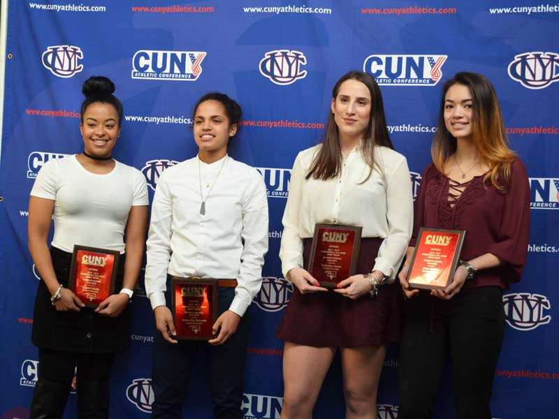 CUNY Women's basketball team 2017
